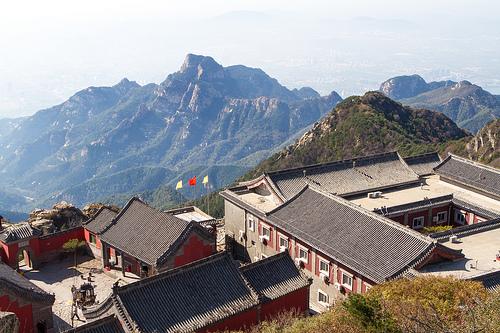なぜ中国株式市場は乱高下するのか?リスクが大きいのか?